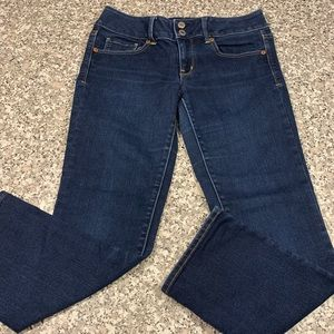 American Eagle Stretch Artist style jeans size 6